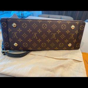 Louis Vuitton Bags - Louis Vuitton flower tote Mng noir